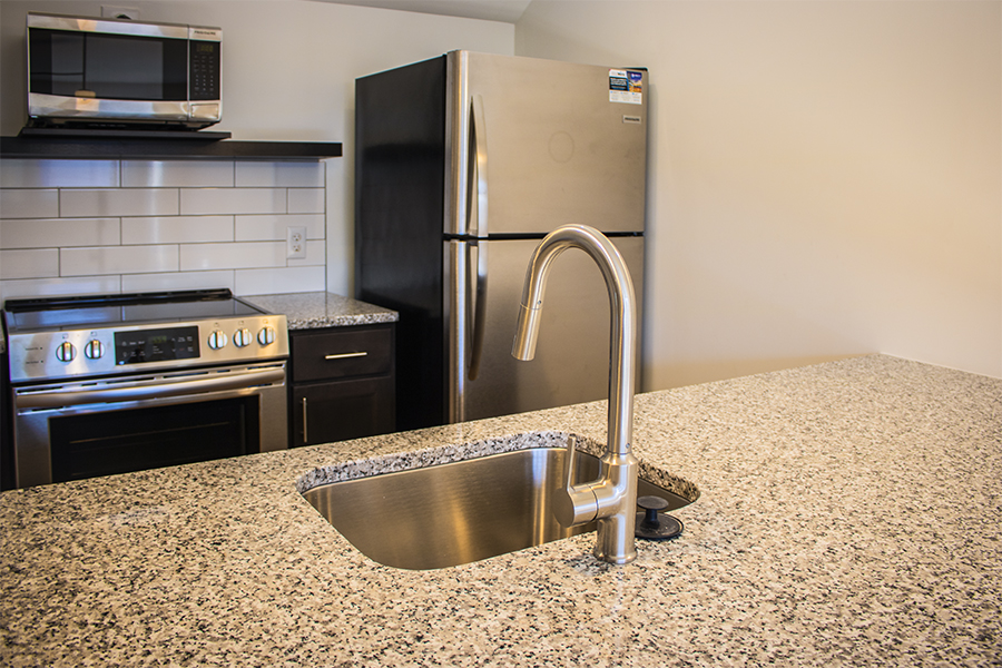 Lynchburg-va-downtown-apartment-lofts stainless-steal-appliances